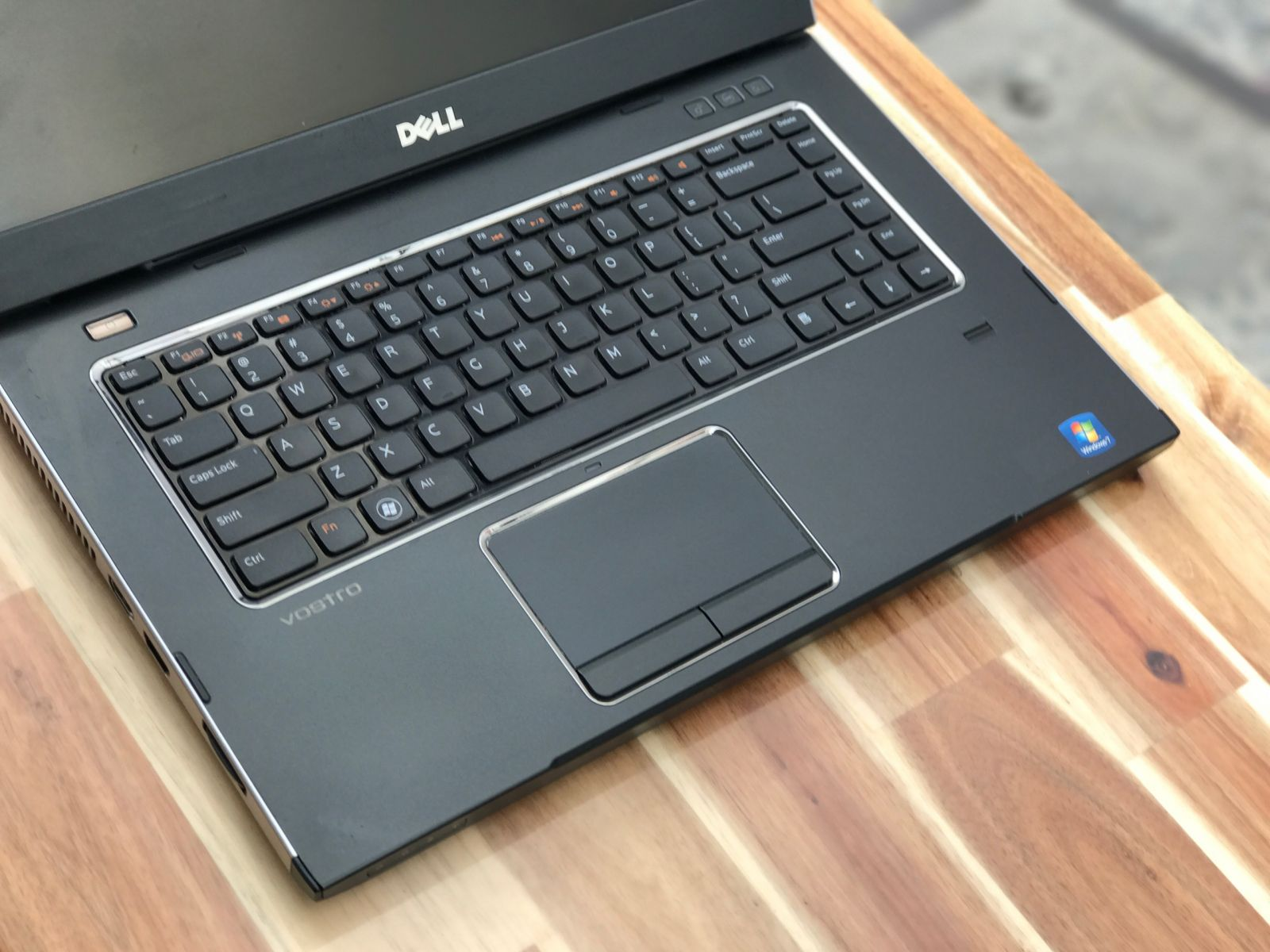 Laptop Dell Vostro 3550 / i7 Sandy Bridge/ 8G/ SSD128-500G/ 15in/ Vga rời/ Win 10/ Giá rẻ3