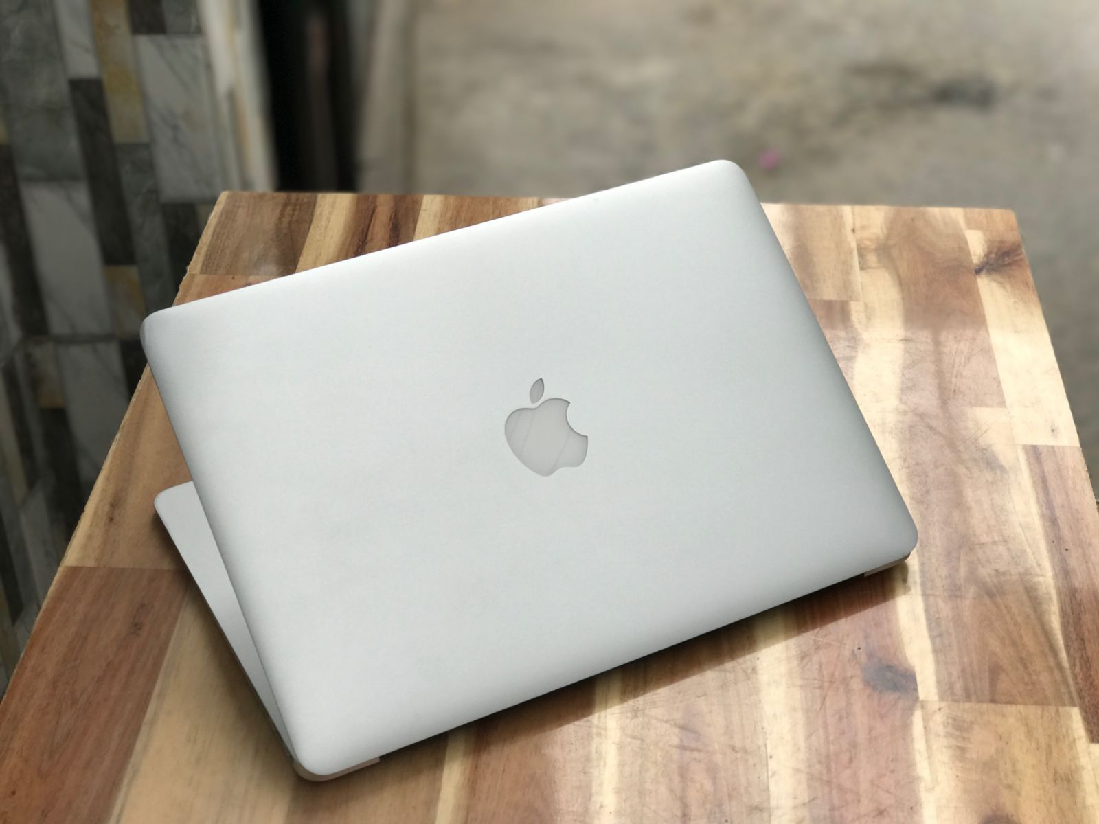 Macbook Air 2016 13in, i5 8G SSD256 Pin Khủng 5-10h Đẹp zin 100%2