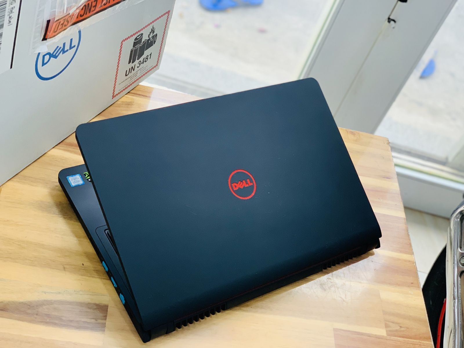 Laptop Dell Gaming 5577, i7 7700HQ 8G SSD128+1T Full HD GTX 1050 4G Full Box New 100% Giá rẻ1