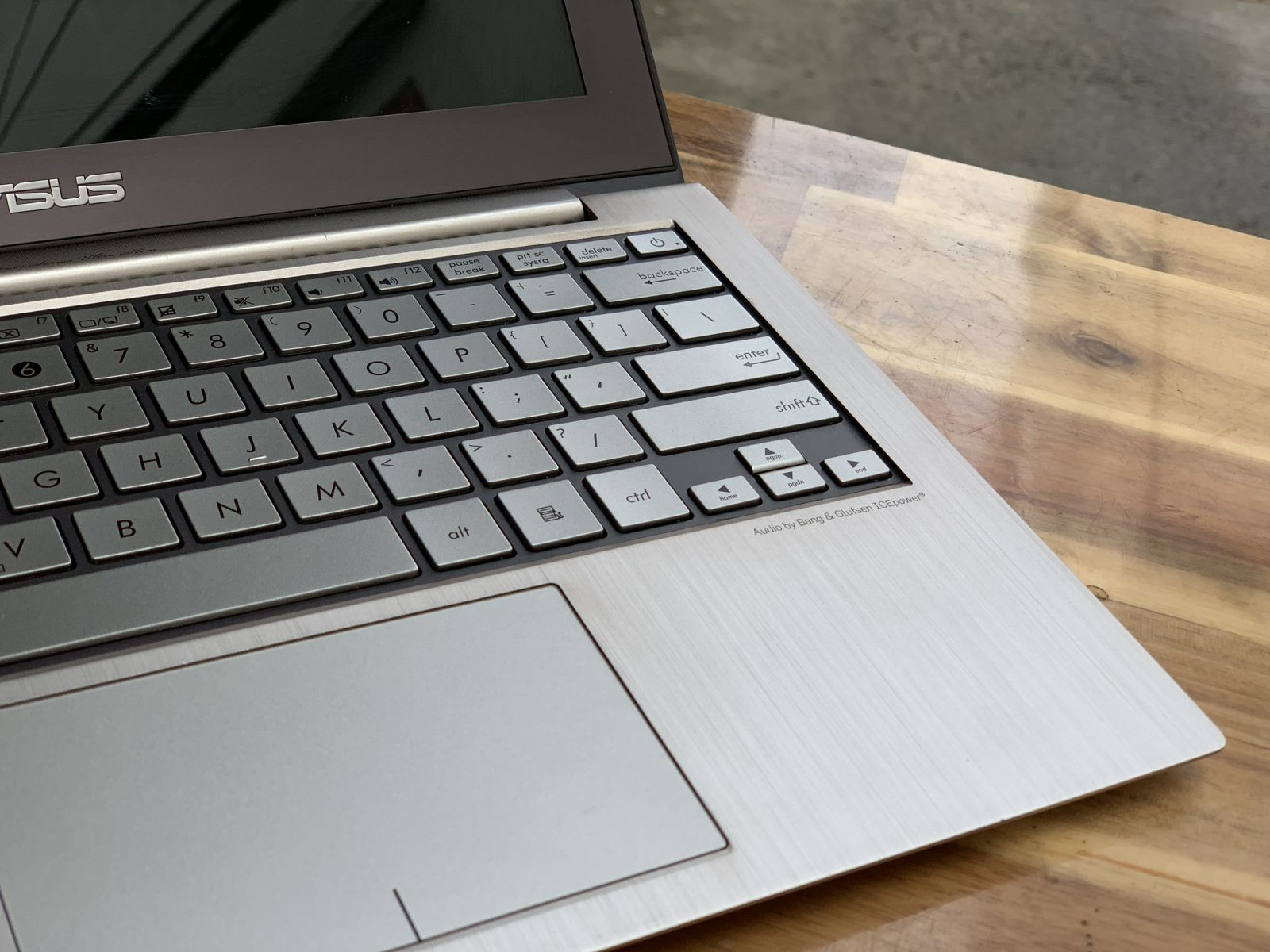 Laptop Asus Zenbook UX21E/ i5 2467M/ 4G/ SSD256/ 12in/ Giá rẻ1