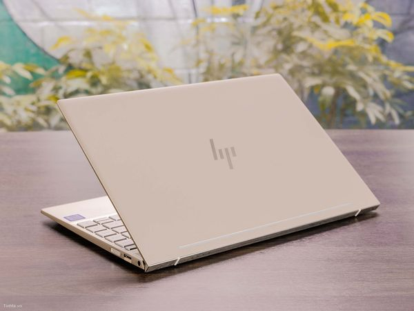 Laptop Hp Envy 13 - ah0026tu/ i5 8250U/ 8G/ SSD256/ Full HD/ GOLD/ Win 10/ LED Phím/ Giá rẻ