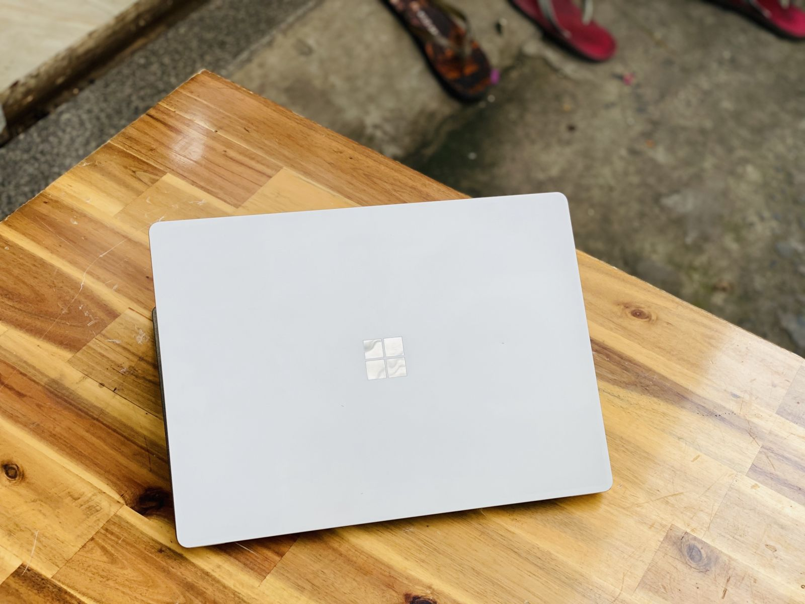 Surface Laptop 2/ i5 8250U/ 8G/ SSD128/ 2K/ Touch/ Win 10/ 13.5in/ Giá rẻ3