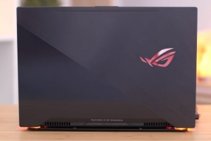 Laptop Asus Rog Zephyrus M GM501GS, i7 8750H 32G SSD512+1T GTX1070 144hz Full Box BH Hãng 12/2020